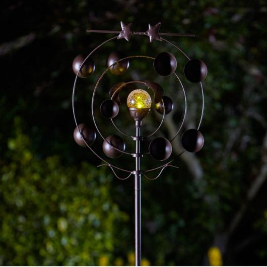 Smart Garden Boreas Wind Spinner with Solar Crackle Ball