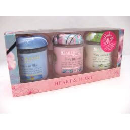 See more information about the Heart & Home Small Jar Candle Gift Set