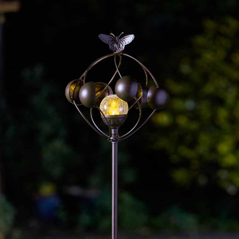 Smart Garden Aura Wind Spinner with Solar Crackle Ball